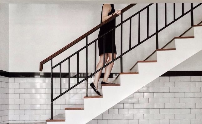 Is It Better To Be Upstairs Or Downstairs During An Earthquake?